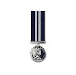 Distinguished Service Medal EIIR – Miniature Medal